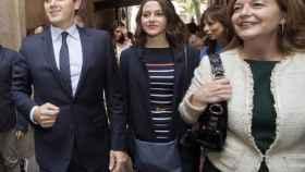 Carina Mejías junto a Inés Arrimadas y Albert Rivera.