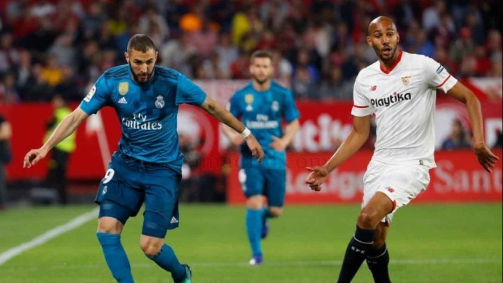 Benzema y N'Zonzi, en el Sevilla - Real Madrid