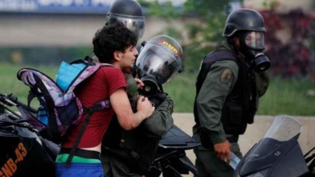 El número de menores detenidos se ha disparado, según los datos de Foro Penal