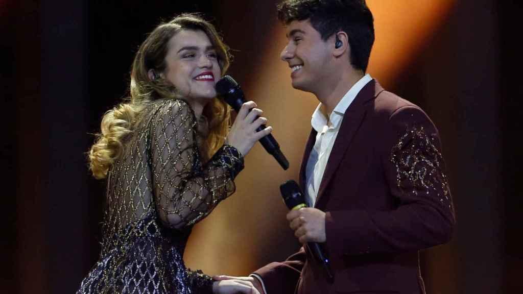 Amaia y Alfred, inseparables durante su actuación.