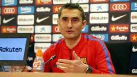 Valverde en rueda de prensa. Foto Twitter (@FCBarcelona_es)