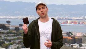 Mark Rober realizó un en curioso experimento valiéndose de 200 carteras.