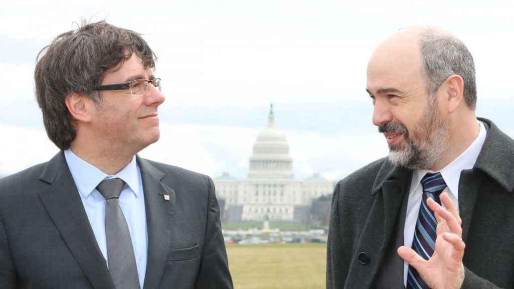 Puigdemont con Michael Atwood, responsable del Smithsonian Folklife Festival de Washington.