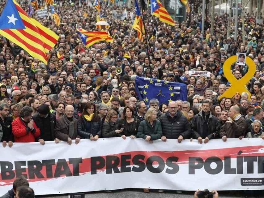 Manifestación de sindicatos y asociaciones independentistas en Barcelona.