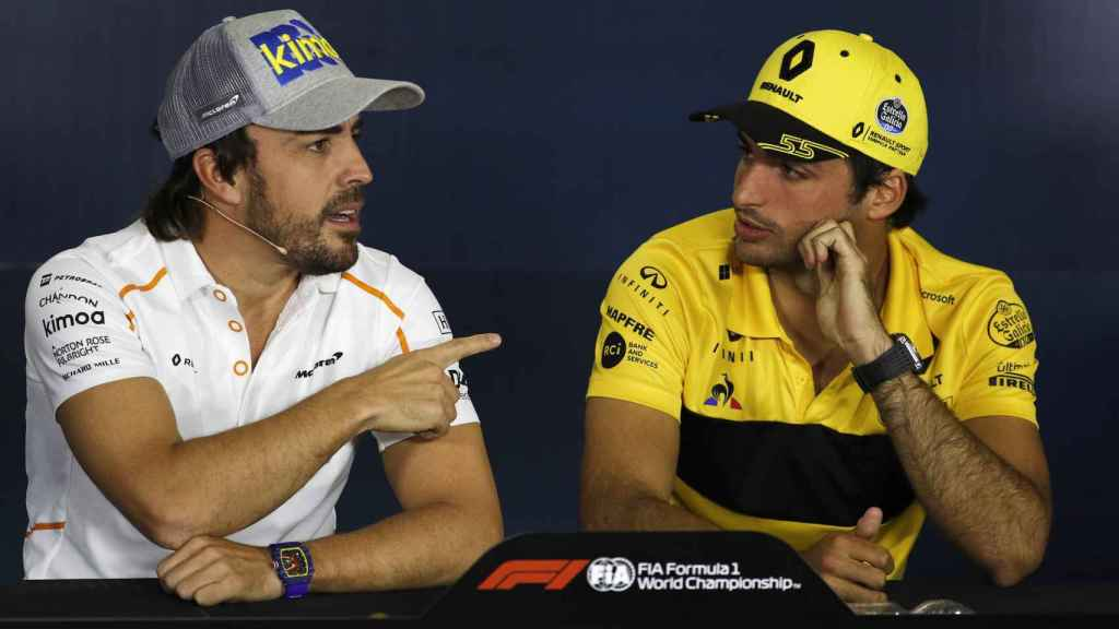 Carlos Sainz y Fernando Alonso en la rueda de prensa previa al GP de España de F1.