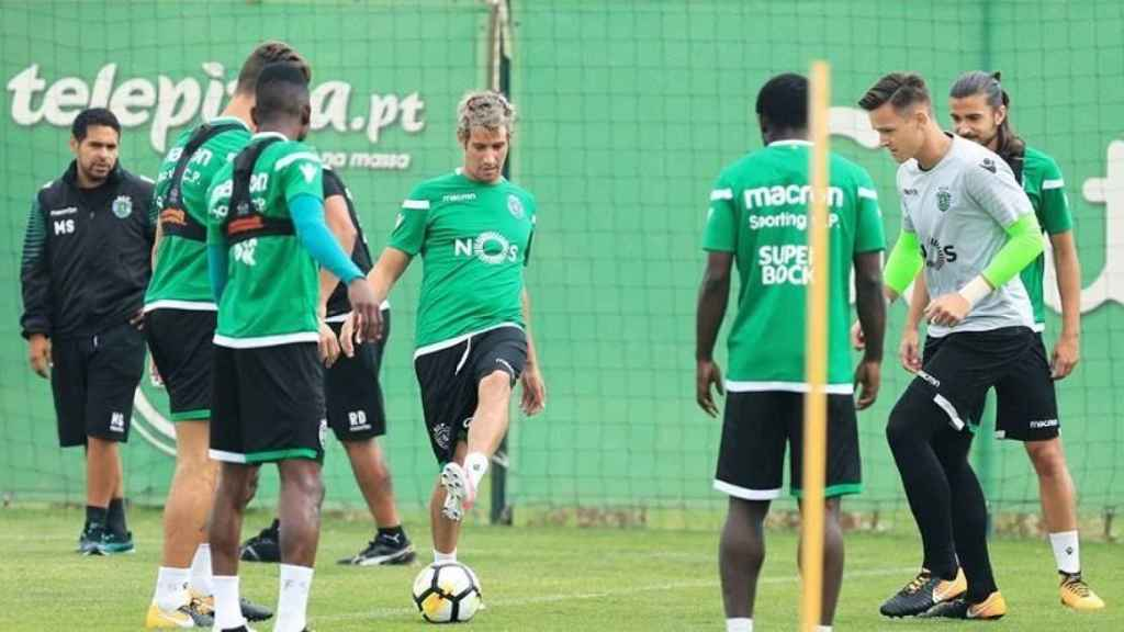 Coentrao entrenando con el Sporting Portugal. Foto:Twitter (@Sporting_CP)