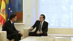 Rajoy y Sánchez, durante la reunión en Moncloa.