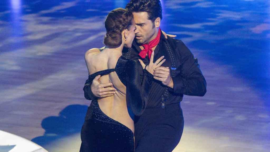 Bustamante y Yana en el primer programa de 'Bailando con las estrellas'. Gtres.