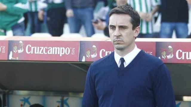 Gary Neville, en su etapa como entrenador del Valencia. Foto: valenciacf.com