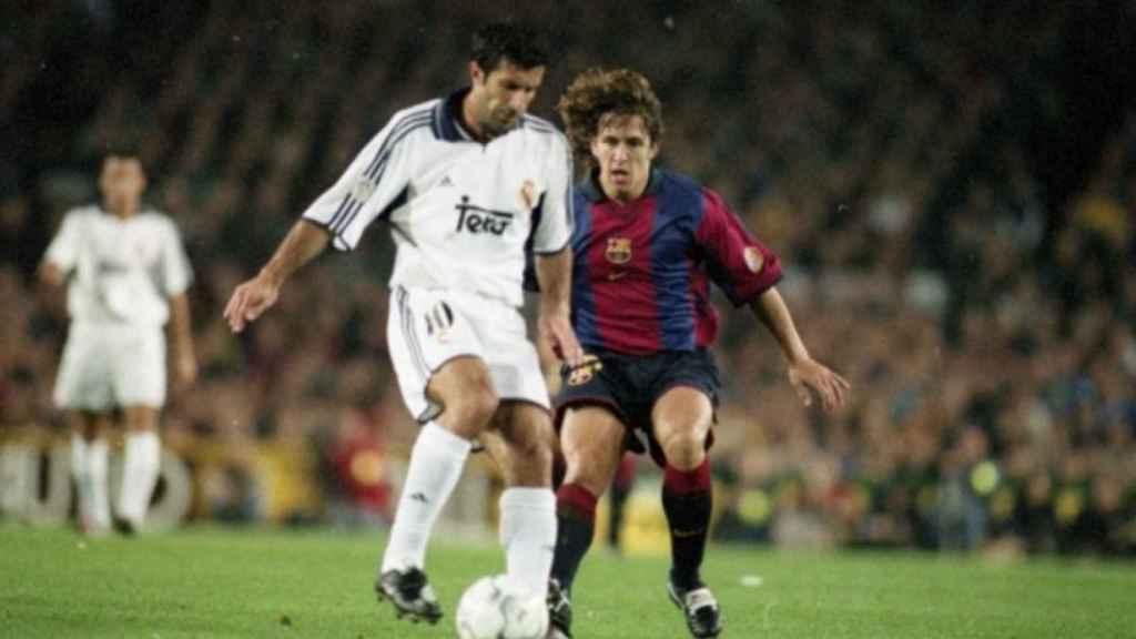 Figo y Puyol durante un Clásico. Foto: fcbarcelona.com
