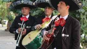 Mariachis y tacos, la épica venganza contra un racista