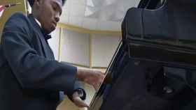 Trending-topic-darrius-simmons-piano
