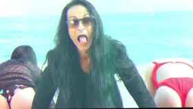 Dame sexo y trocotón: Sandro Rey y su loco videoclip chocan con Leticia Sabater