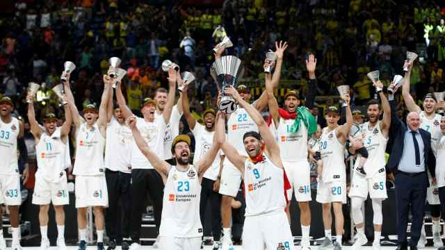 Así levantó La Décima el Madrid de baloncesto.