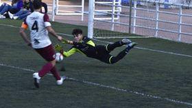 El portero agredido, en una imagen durante el partido.