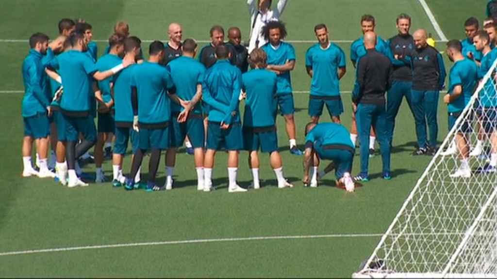 Charla de Zidane antes del entrenamiento del Open Media Day
