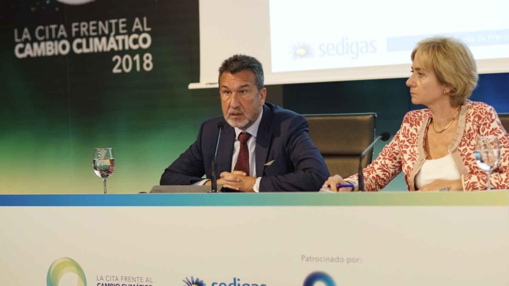 Antoni Peris, presidente de Sedigas, y Marta Margarit, Secretaria General de Sedigas.
