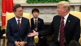 El presidente de Corea del Sur, Moon Jae-in, y Donald Trump en la Casa Blanca.