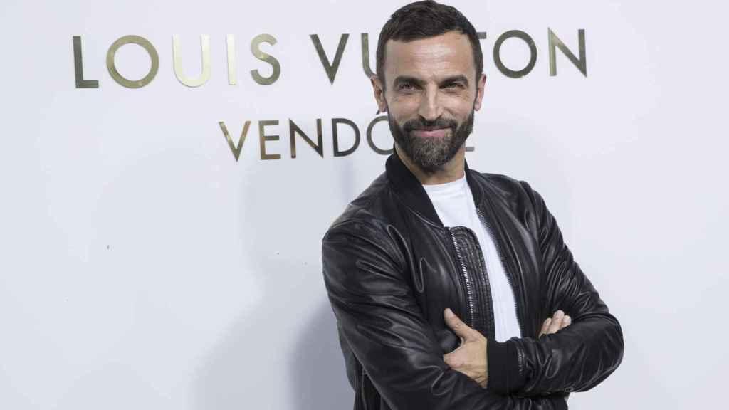 Louis Vuitton en un photocall de la marca.