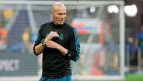Zidane, durante un entrenamiento con el Real Madrid.