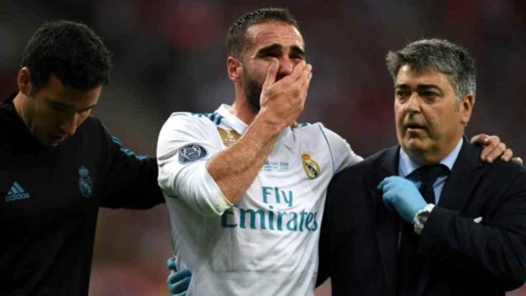 Carvajal se marcha entre lágrimas tras lesionarse. Foto: Twitter (@ChampionsLeague)