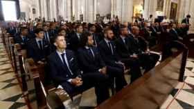 Los jugadores del Real Madrid en la catedral de la Almudena