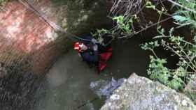 Valladolid-bomberos-rescate-caida-pozo
