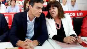 Sánchez y Cristina Narbona este lunes en el comité federal del PSOE
