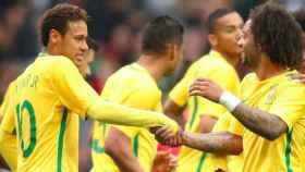 Marcelo y Neymar, con la selección brasileña. Foto. Twitter (@MarceloM12)