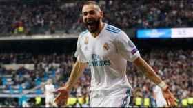 Benzema celebra su gol en la Champions League