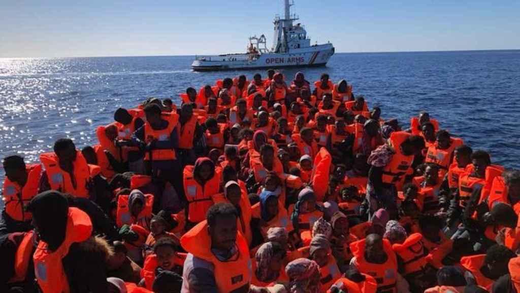 Inmigrantes rescatados por la organización Open Arms