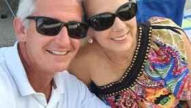 Jeff y Angela en una foto que ella misma colgó en las redes sociales.