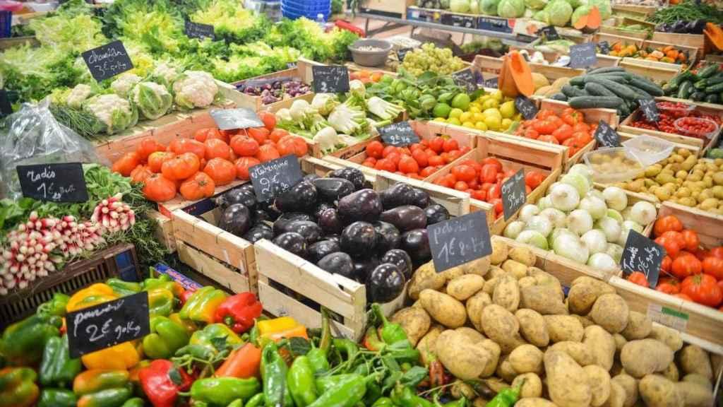 Elegir fruta y verdura de temporada será una de las claves para llevarse lo mejor de la frutería.
