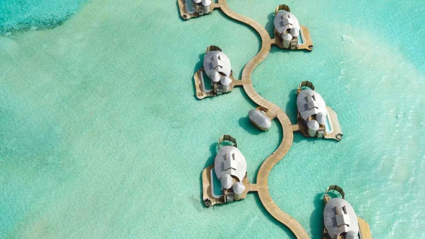 El resort donde se han quedado Theo Hernández y Adriana Pozueco