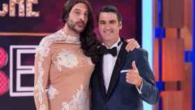 Jesulín de Ubrique y el presentador Roberto Vilar.