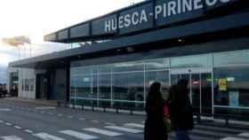 Imagen exterior del aeropuerto de Huesca.