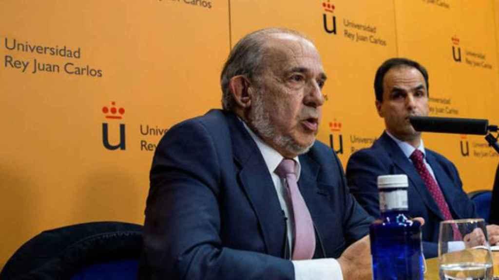 El director del master de Cifuentes, Enrique Álvarez Conde