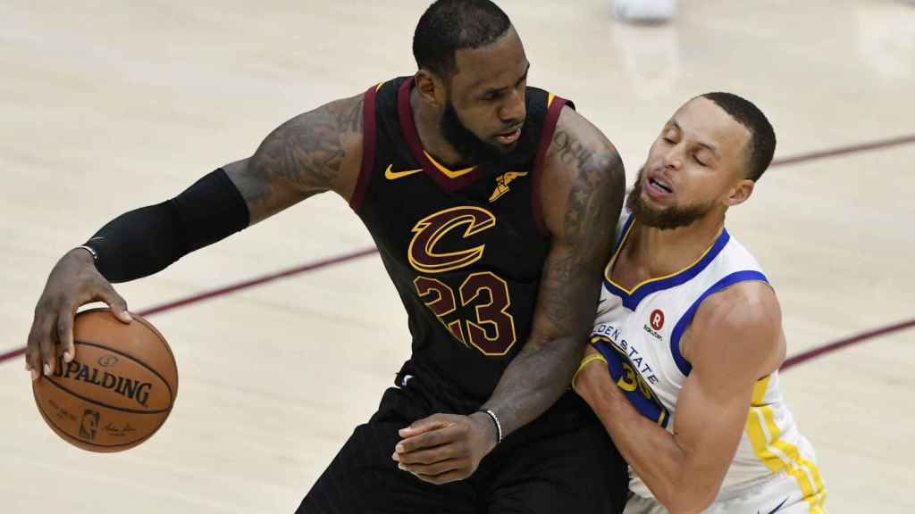 LeBron James ante Curry.