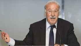 Vicente del Bosque en una conferencia. Foto: sefutbol.com