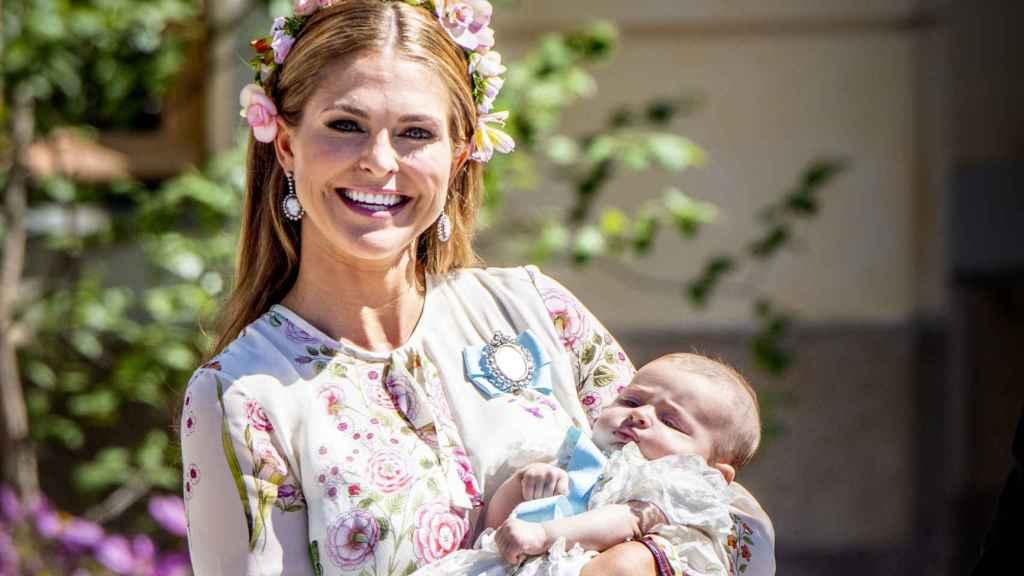 Magdalena de Suecia con su hija Adrienne.