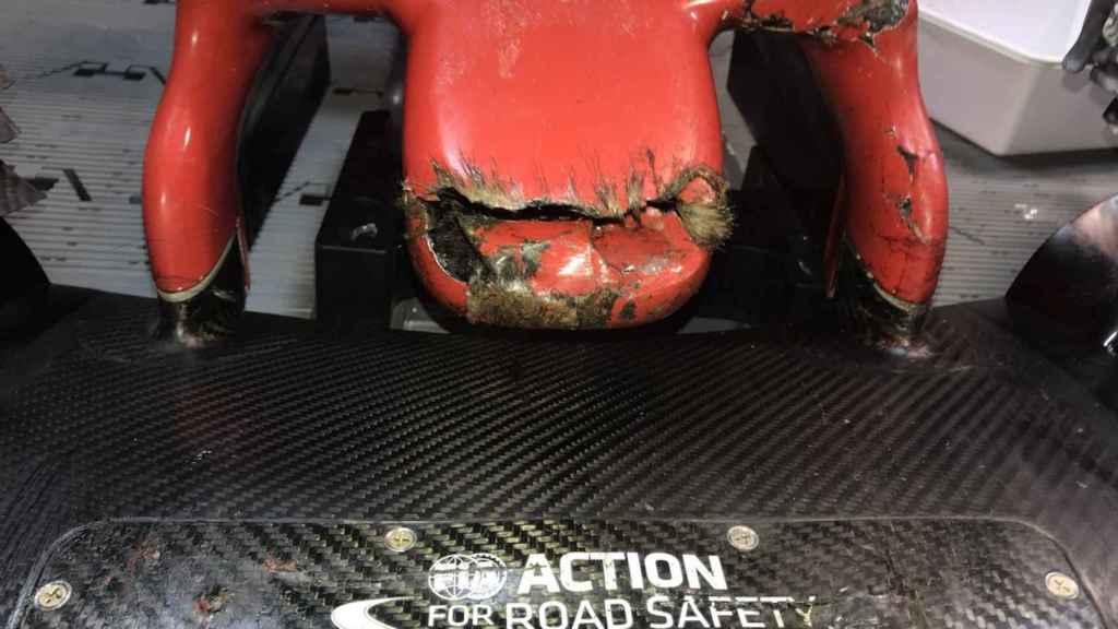 Así quedó el monoplaza de Grosjean tras atropellar a una marmota.