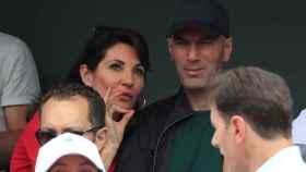 Zidane junto a su esposa en Roland Garros.