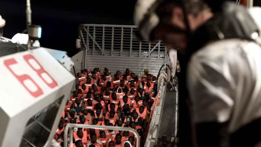 Migrantes a bordo del 'Aquarius'