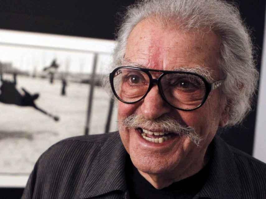 El fotógrafo Ramón Masats,  en el Museo Reina Sofía, en la presentación de Una aproximación a Afal. Donación Autric-Tamayo. EFE.