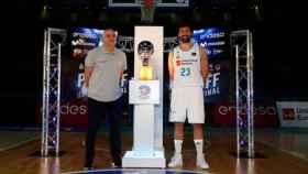 Pablo Laso y Sergio Llull presentan el playoff final de la ACB 2018. Foto: acb.com