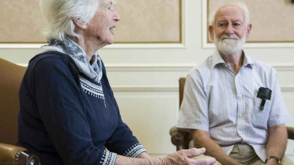 Rosemary y Peter Grant.