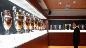 Julen Lopetegui contempla las trece Champions League del Real Madrid