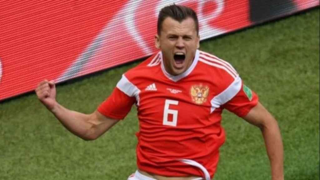 Denis Cheryshev celebra un gol con su selección. Foto: Twitter (@elchiringuitotv).