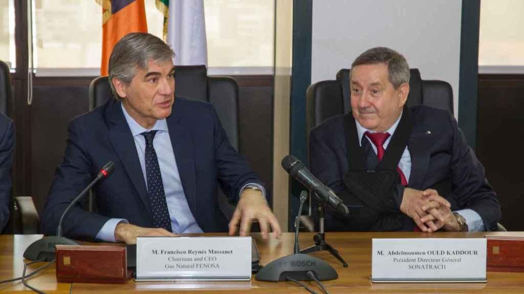 Francisco Reynés, presidente de Gas Natural Fenosa y el presidente director general de Sonatrach, Abdelmoumen Ould Kaddour.