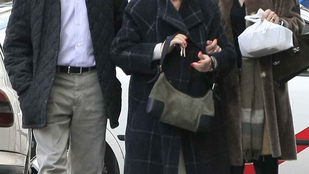 Matias Prats con su exmujer y su madre.